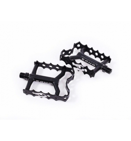 Echo TR caged pedals